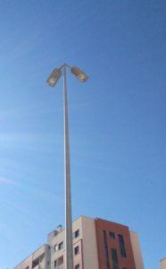 2017-03-23 Luminaria de farola reparada