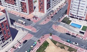 Cruce Avenida Joven Futura con calle Poeta Eloy Sánchez Rosillo