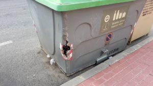 2018-02-05 Contenedor a reparar con agujero