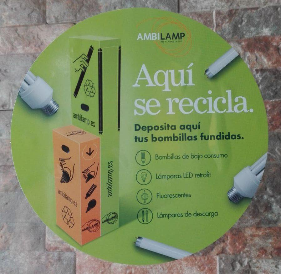 2019-05-29 Punto de reciclaje de bombillas y tubos fluorescentes en Covirán de Joven Futura