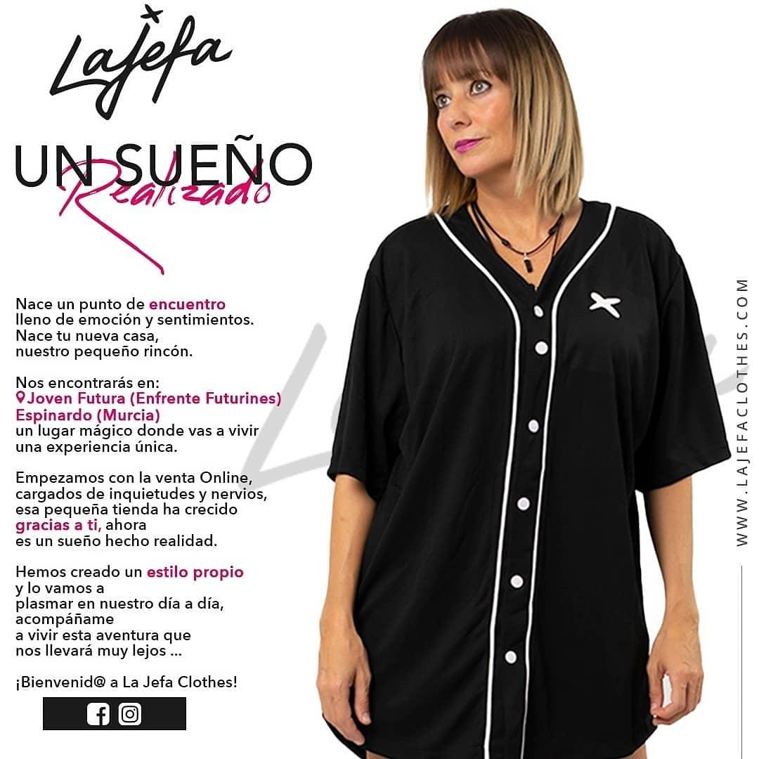 2021-02-08 Apertura de La Jefa Clothes en Joven Futura