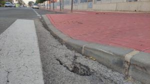 2021-03-13 Hundimiento de la calle Huerto del Vizconde con Poeta Dionisia García de Joven Futura