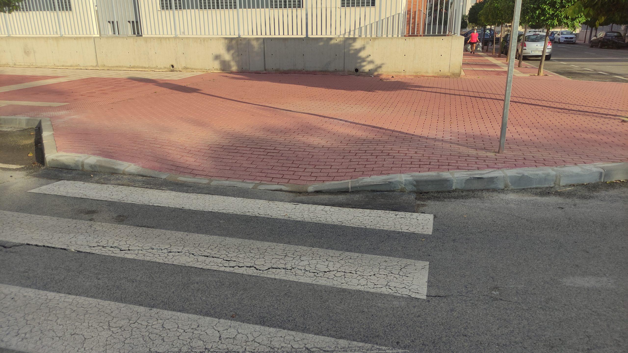 2021-07-26 Reparación en parte del hundimiento de la calle Huerto del Vizconde con Poeta Dionisia García de Joven Futura
